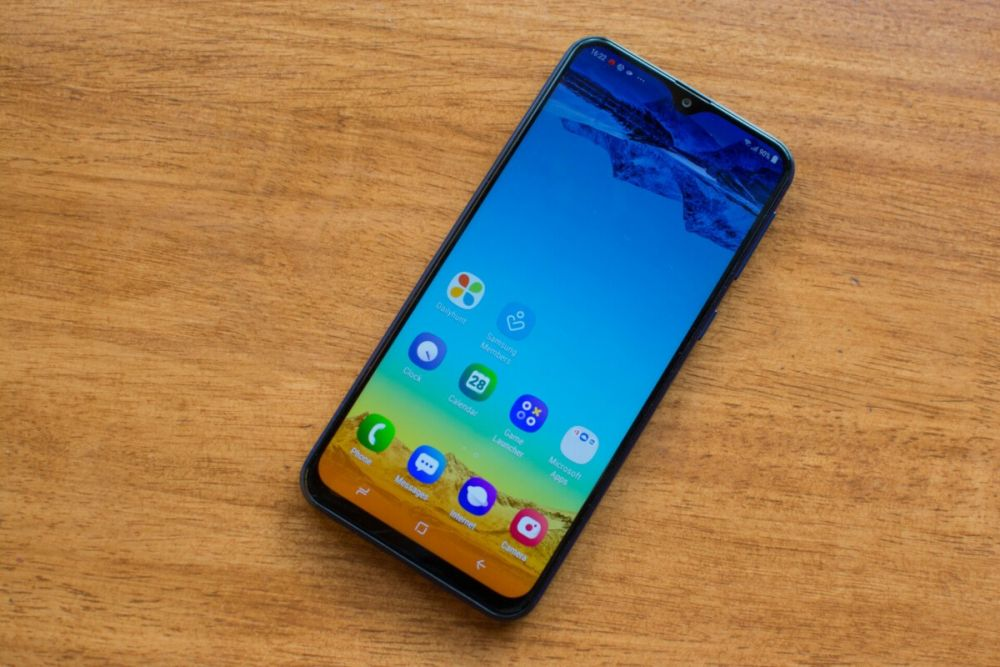 Rekomendasi HP Samsung terbaik murah - samsung-galaxy-m20